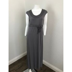 Max Studio Dress Small Gray Long Maxi Shift Capped